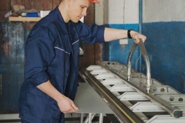 Stanz- und Umformmechaniker
